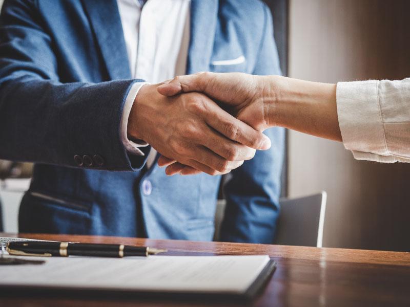 handshake-photo-citizens-community-bank